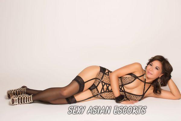 Mia Asian Escort