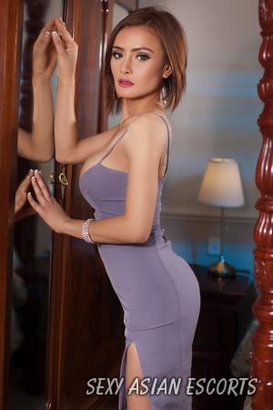 Leah Asian Escort