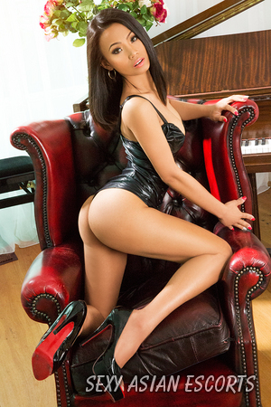 Emma Asian Escort