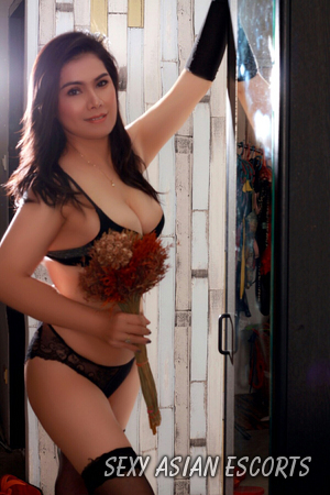 Fareeda Asian Escort