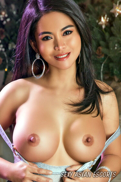 Donna Asian Escort